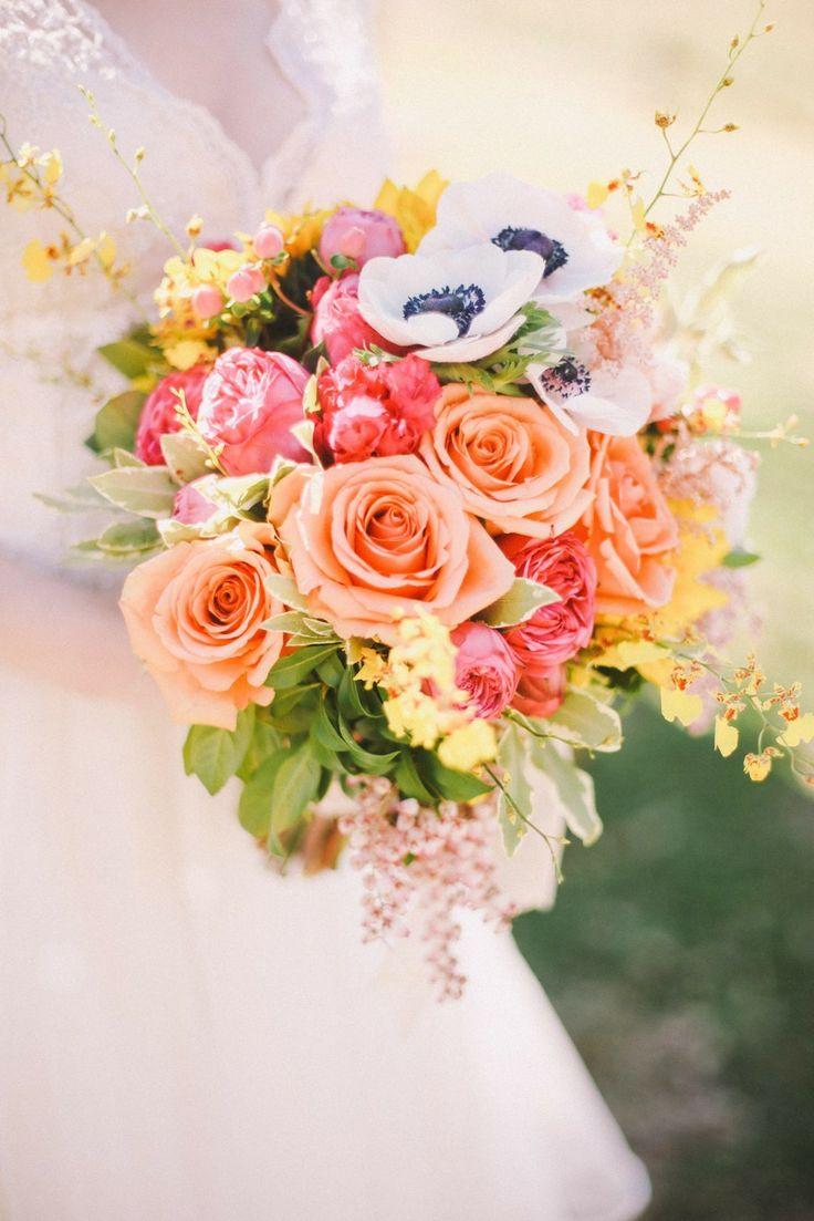 Wedding Bouquet Flowers For Each Season Aidasevents